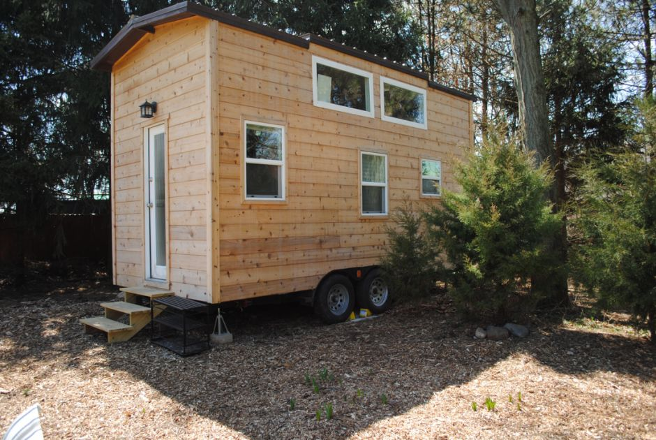 This fantastic tiny house is for sale in chicago for House in chicago for sale